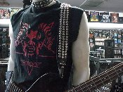 (DANZIG).....STUDDED LEATHER GUITAR STRAP (MDLS0054)