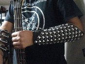 BLIND GUARDIAN ...LEATHER STUDDED MIXED GAUNTLET   (MDLG0201)