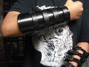 (XENTRIX)...BLACK LEATHER VIKING GAUNTLET (MDLG0223)