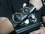 (ARGHOSLENT).....Unisex Spiked Leather Armband (MDLUG0261)