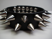 GRIM ...LEATHER CHOKER HEAVY BULLDOG CONE SPIKES (MDLC0314)