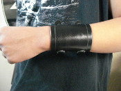 LACUNA COIL ...LEATHER PLAIN VIKING BRACELET  (MDLB0207)