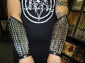 JUDAS PRIEST  ...Studded Leather Gauntlet Old School  (MDLG0033)