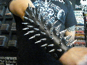 LIFELOVER ...black leather spiked gantlet.(MDLG0190)