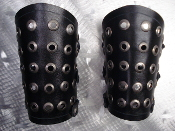 HELLOWEEN ...LEATHER EYEDLET  OLD SCHOOL GAUNTLET ... (MDLG0001)