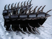 MORTEM ...LEATHER LARGE CLAW SPIKE GAUNTLET   (MDLG0100)