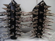 CRAFT ...GIANT CHROME SPIKED LEATHER GAUNTLET (MDLG0044)